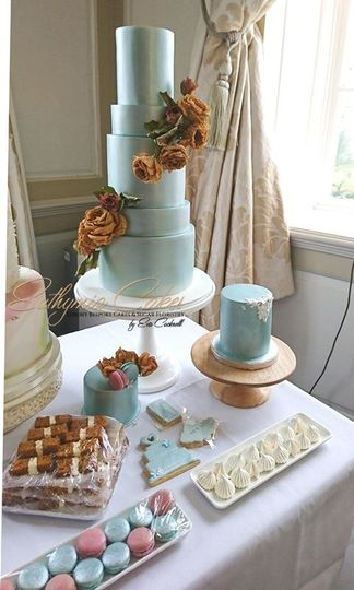 Dusky Blue Vintage Cake