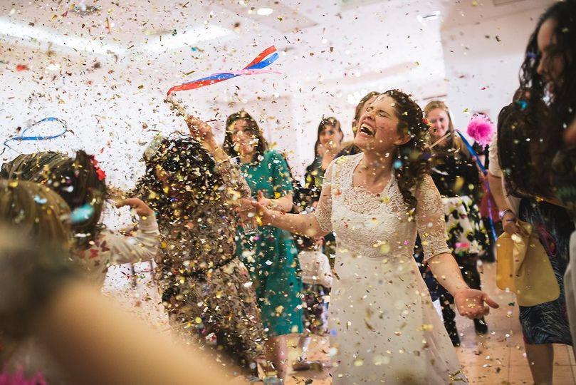 Kristian Leven Photography - Confetti celebrations