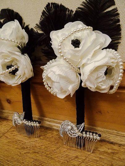Bridesmaid bouquets hair slide