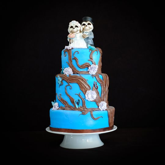 Blue Woodland wedding cake