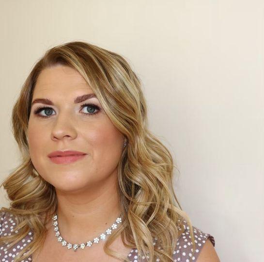 Beauty, Hair & Make Up Jess @thestacksisters Makeup Artist 32