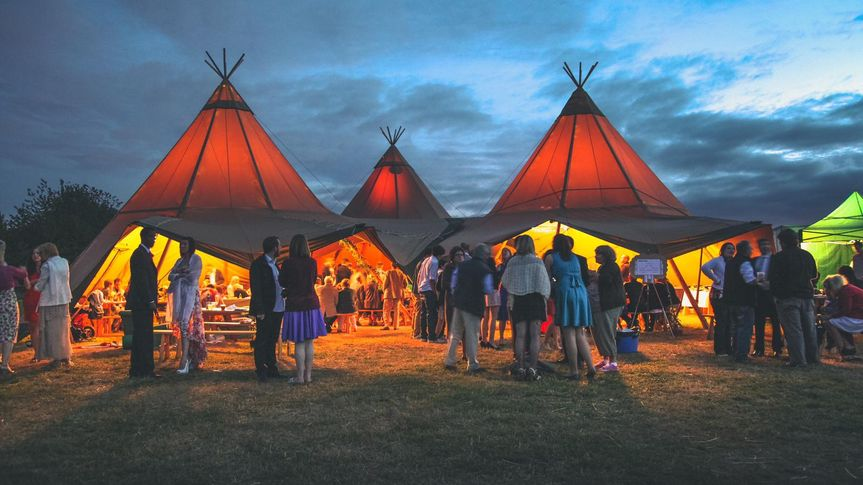 Tipi by night