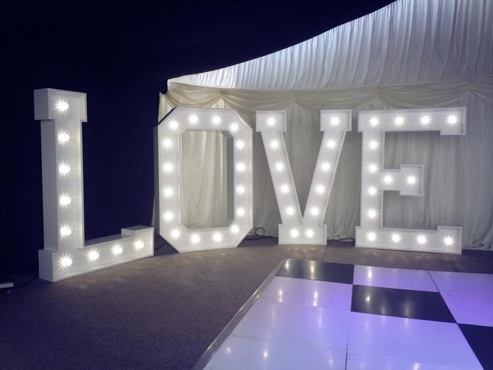 5 foot light up love letters