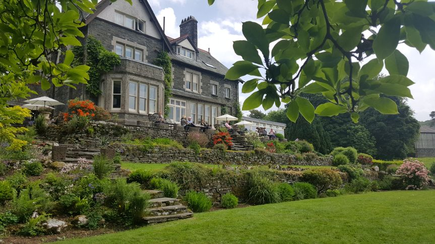 Sawrey House Hotel garden and grounds