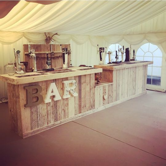 Vintage pop-up bar for marquee weddings