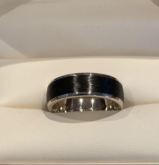 White Gold/Carbon Wedding Ring