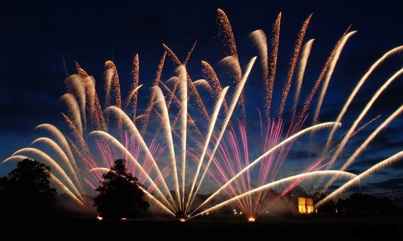 Fireworks Komodo Fireworks 15