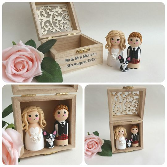 Wedding toppers with box