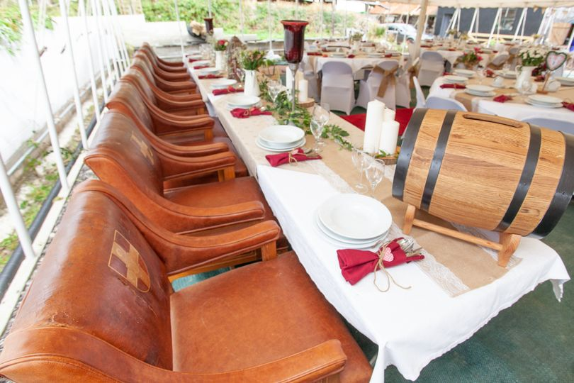 Luxurious top table