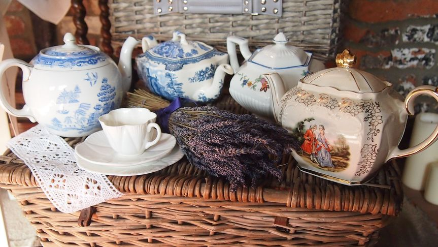 Jolly old teapots!