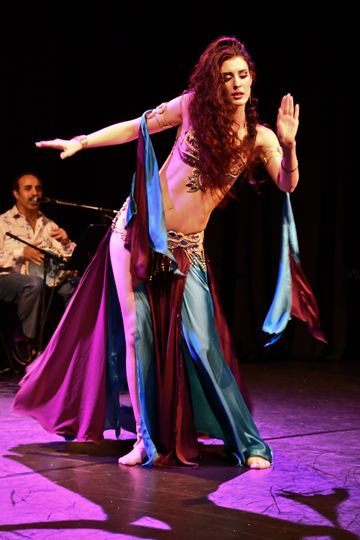 Bellydance with Arabic band