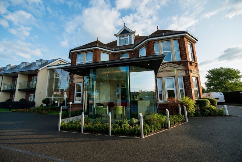 The Stanwell Hotel 25