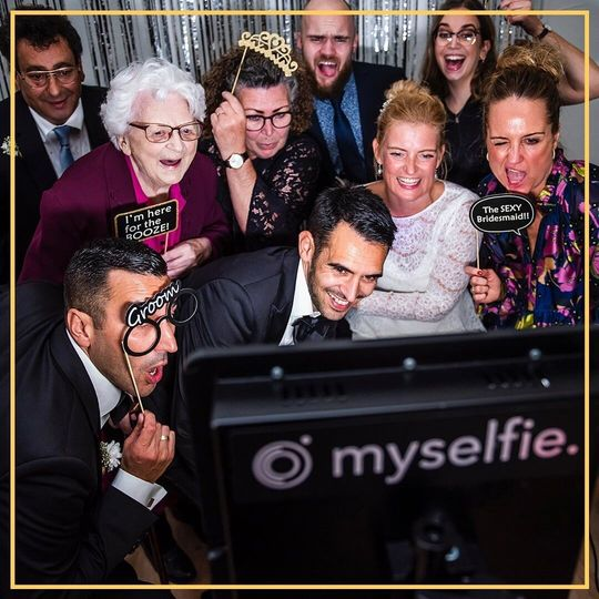 Photo Booths Myselfie | Only £149 for Whole Weekend 11