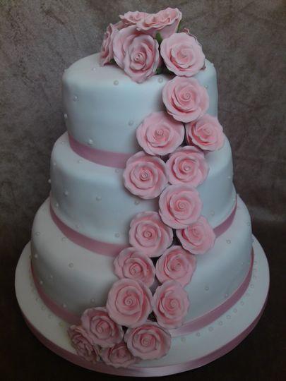 Pink Rose & Pearl Wedding Cake