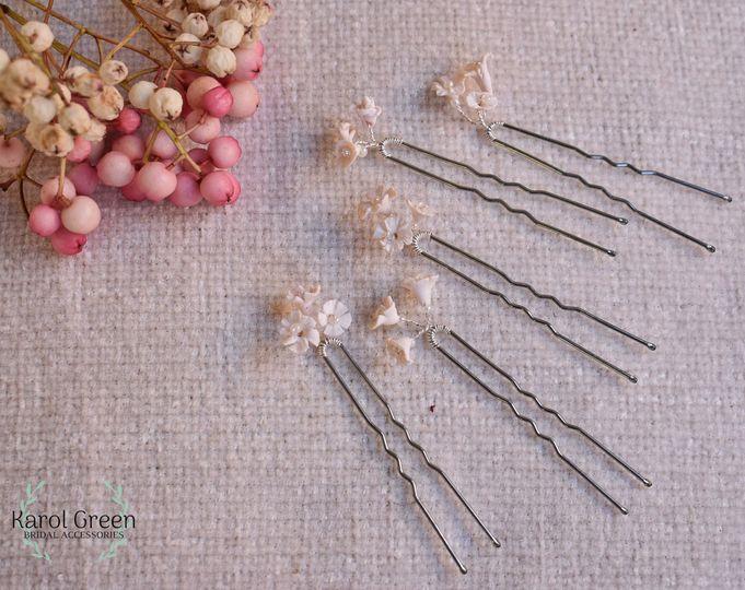 Hair pins lily