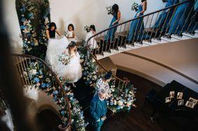 Timeless White Wedding Planning