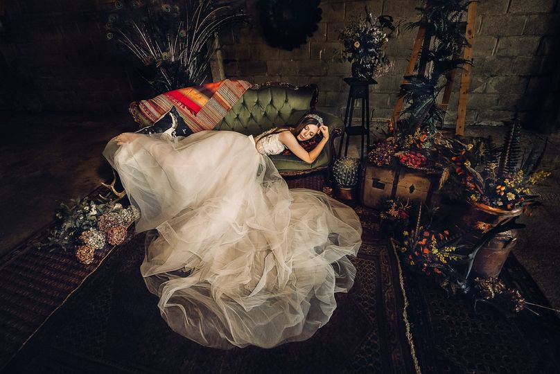 Markuza photography - high fashion wedding portrait