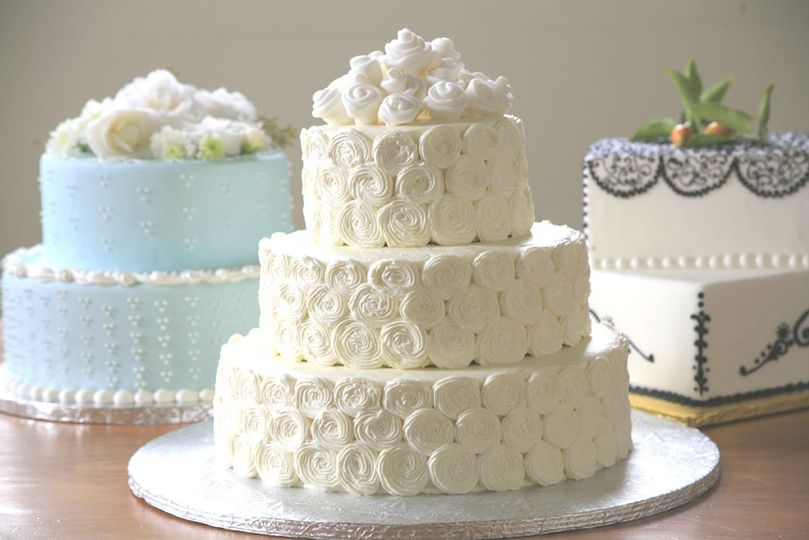 Hand piped cakes