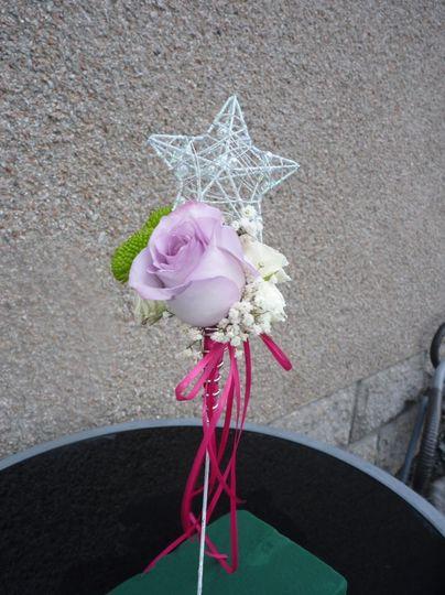 Bridesmaid/flowergirl wand