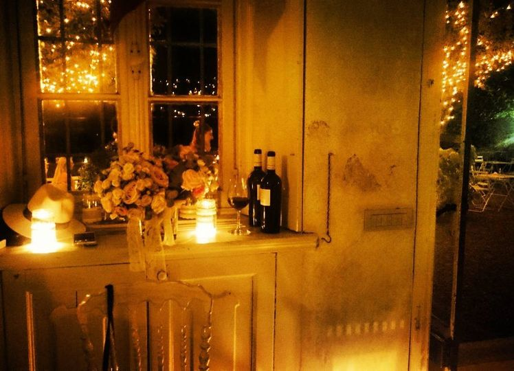 Intimate setting