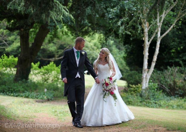 Woodland wedding - Parkwin Photography