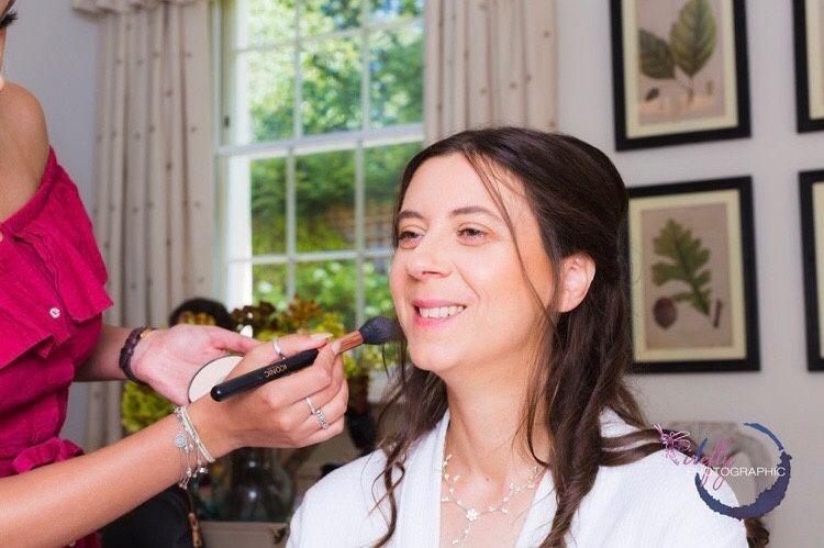Beauty, Hair & Make Up Elligance Hair & Makeup  41