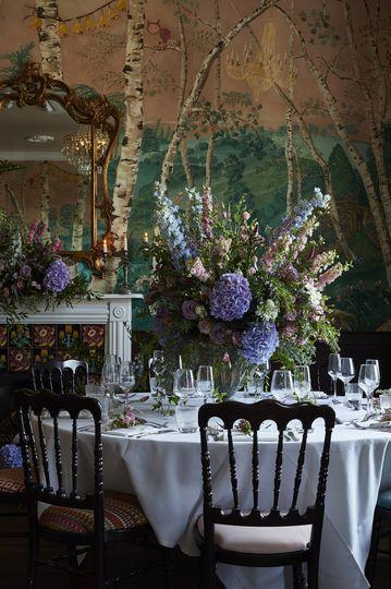 Romantic wedding table