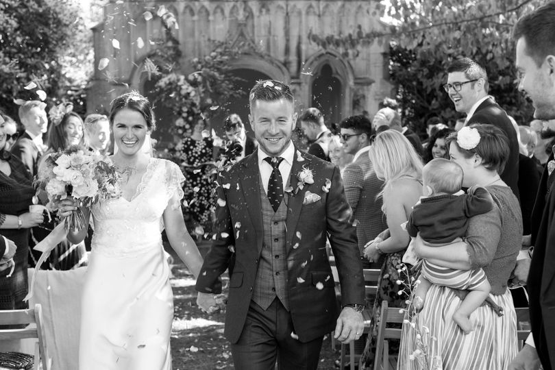 Claire and Matt - Barnsley House, Cotswolds (https://catherinemead.com/)
