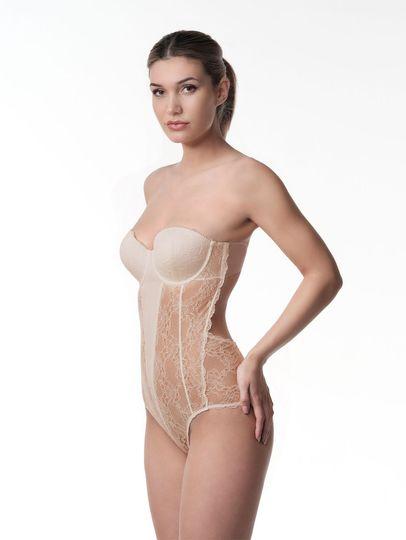 Strapless corset