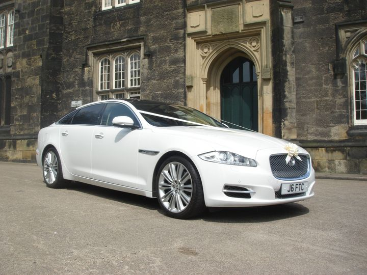 Jaguar XJ for newlyweds