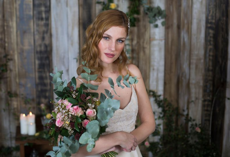 Beauty, Hair & Make Up Beautifully Hitched 1