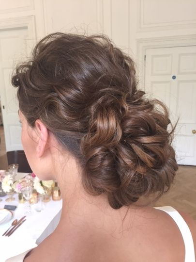 Beauty, Hair & Make Up Beautifully Hitched 34