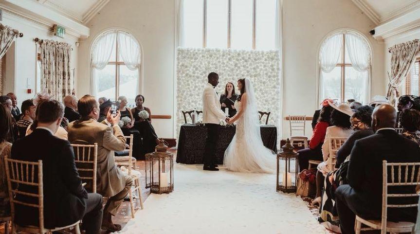 Romantic manor ceremony