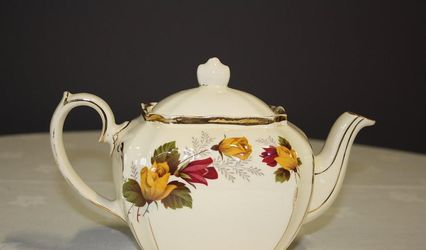 Tickety - Boo Vintage China Hire 1