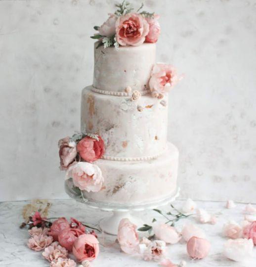 Peonies textured cake