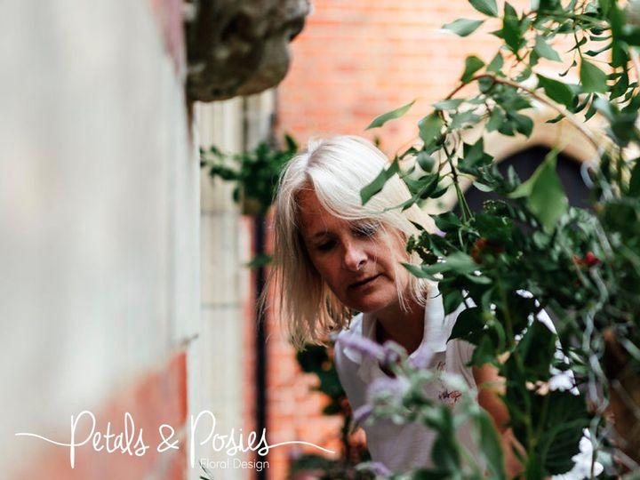 Florist Petals and Posies 87