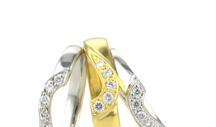 Contour Shaped Wedding Rings