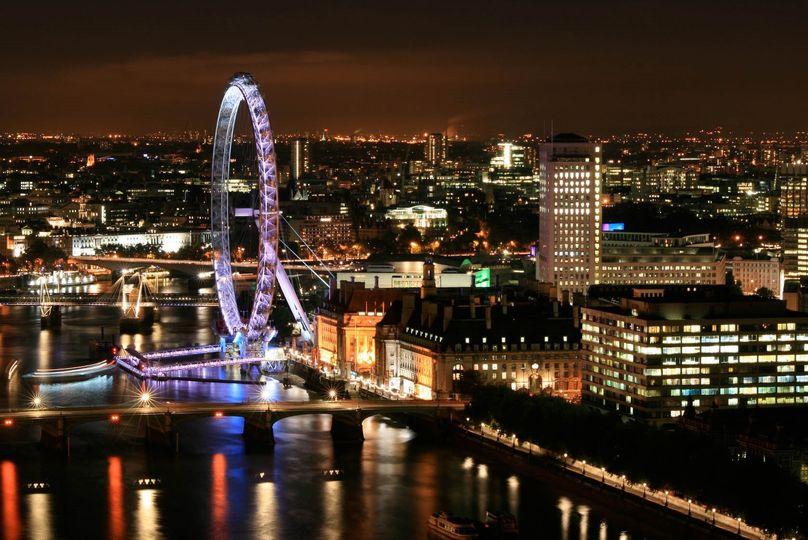 Altitude London - Sky Loft 17