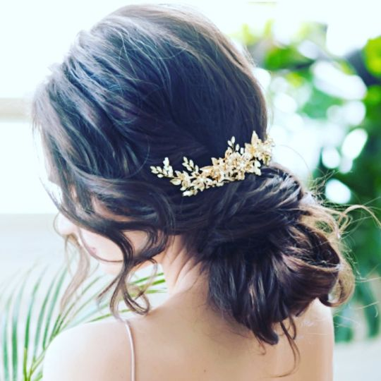 Headpieces and combs