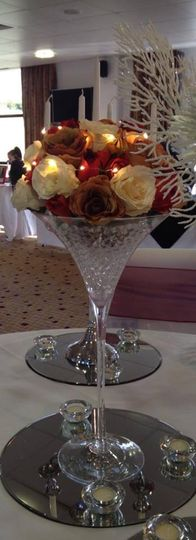 Martini glass with roses