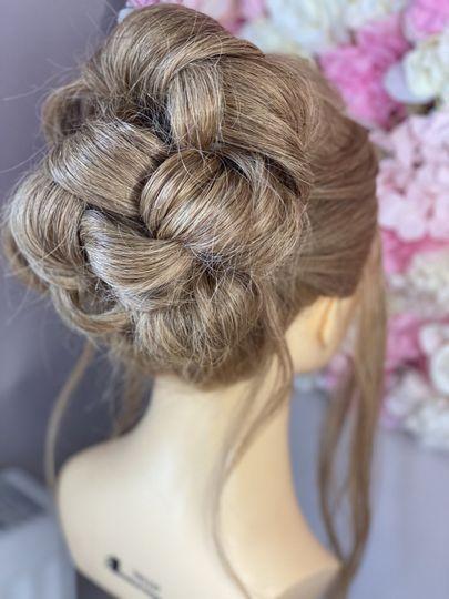 Large bun hair up