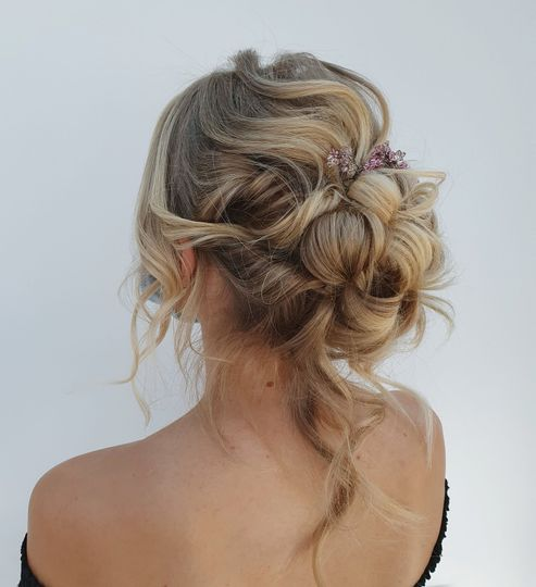 elopement wedding cornwall bridal hair 4 137924 162800254169164