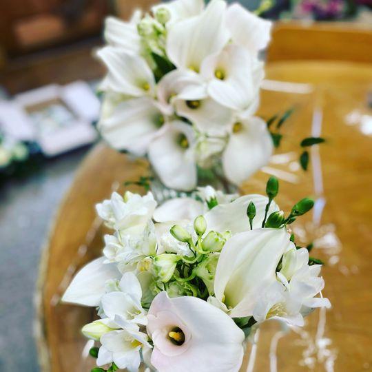 Calls lily bouquet