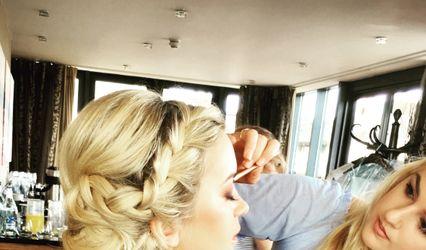 Circles Bridal Hair & Makeup 1