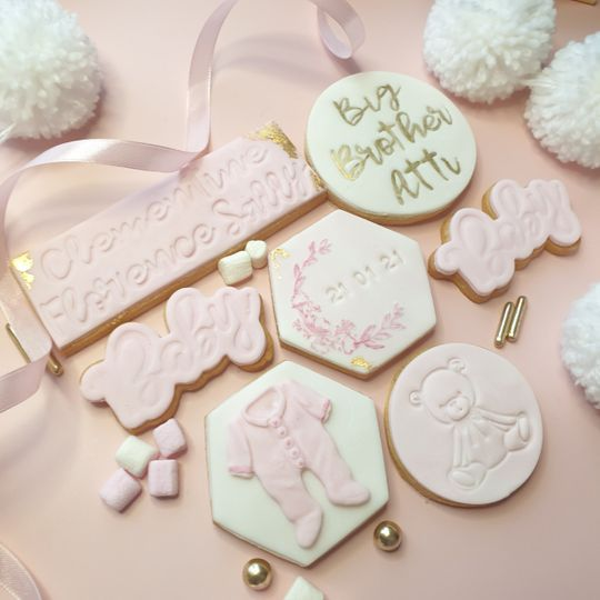 Themed favours