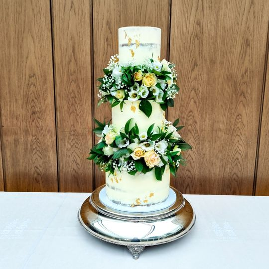 5 tier with fresh floral tiers
