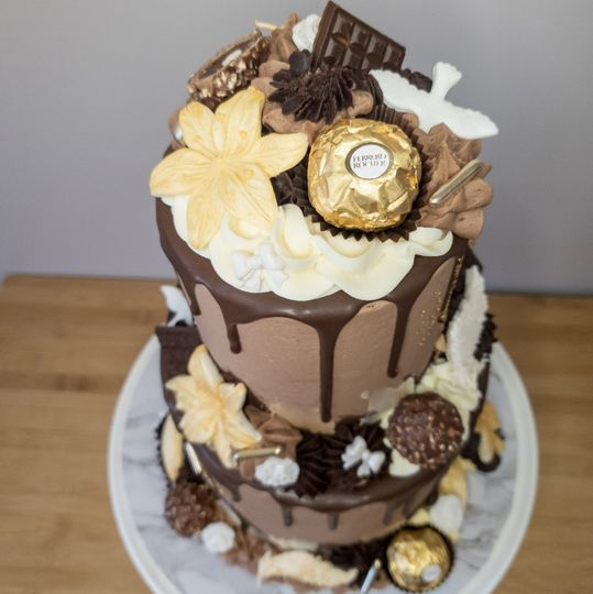 Twot-tier Ferrero Rocher cake