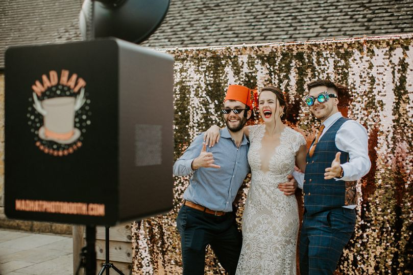 cotswolds wedding photobooth entertainment 1 4 268029 162629599664802