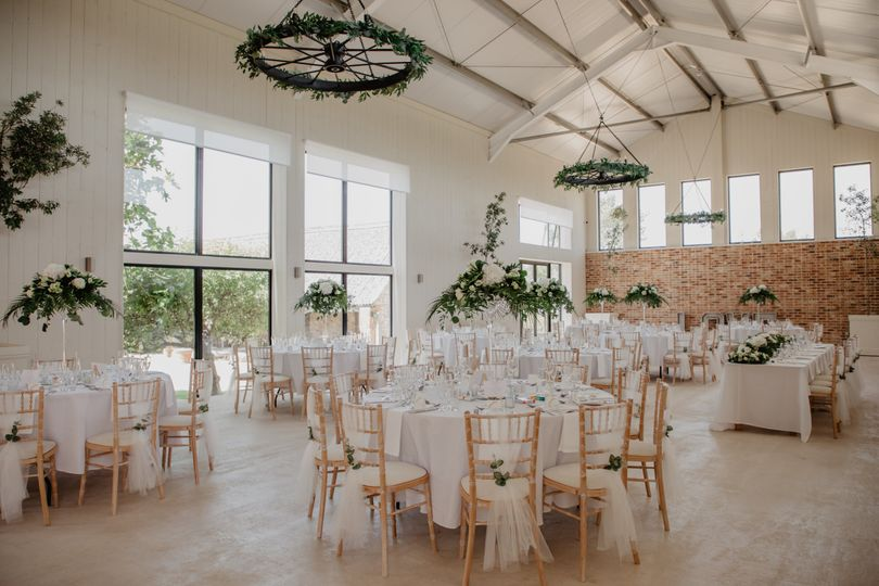 east afton farmhouse new barn abby sam reception 4 198033 163102401873668