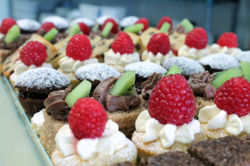 Colourful mini cakes